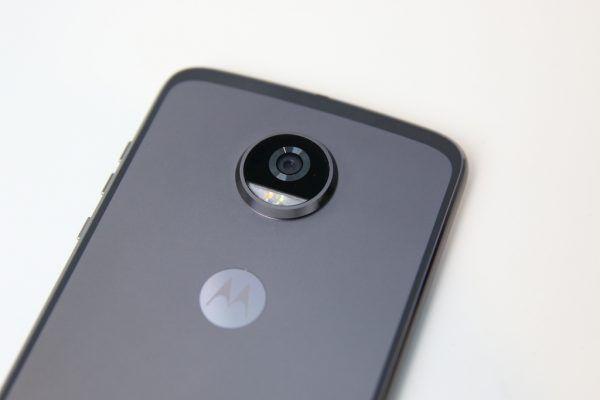moto z2 play camera